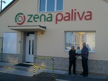 ZENA-PALIVA, Hořice